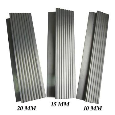 Алюминиевый порог 15мм.